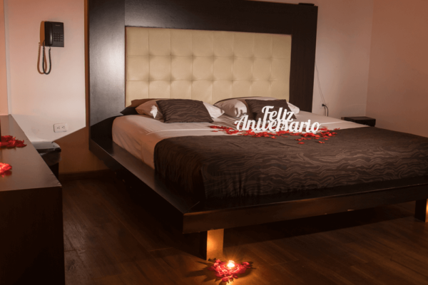 Plan Romántico Suite Presidencial 02